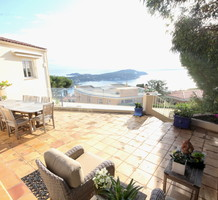 Вилла с четырьмя спальнями с видом на море в районе Raquel Meller, продажа. №37685. ЭстейтСервис.