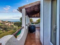 Дом с видом на море и крытым бассейном в Ницце, Фаброн