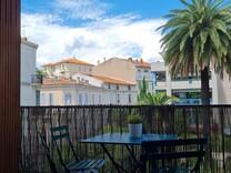 Двухкомнатная квартира в 500-х метрах от rue d'Antibes