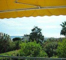 Квартира с панорамным видом на море в Каннах, продажа. №35504. ЭстейтСервис.