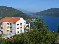 Апартаменты в комплексе в Герцег Нови