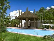 Большие апартаменты с двумя спальнями в Бенахависе
