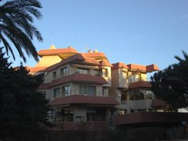 Большие трехкомнатные апартаменты с видом на море в S'Agaro