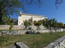 Нео-провансальская вилла с 4 спальнями в Гэро