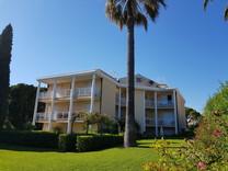 Элегантные апартаменты с видом на море в Жуан-Ле-Пен