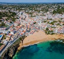 Дуплекс в 150 метрах от пляжа в Прайа-ду-Карвоейру, продажа. №41744. ЭстейтСервис.