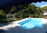 Дом с бассейном и большим участком в районе Tournamy
