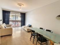 Двухкомнатные апартаменты в центре Антиб