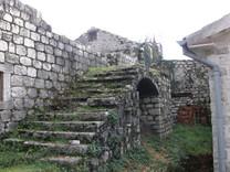 Ккаменный дом в Черногории