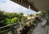 Просторные апартаменты в районе Montfleury