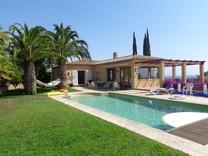 Просторный дом с панорамным видом на море в Platja d Aro