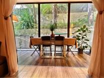 Стильная квартира с уютным садом в Basse Californie