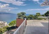 Двухуровневый пентхаус в пяти минутах от Монако
