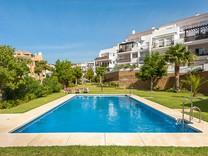 Просторные трехкомнатные апартаменты в Mijas Costa