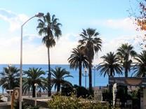Трехкомнатная квартира в ста метрах от моря в Ницце
