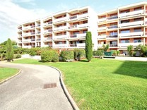 Двухкомнатные апартаменты с видом на море в Chemin des Combes