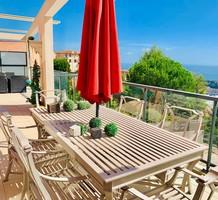 Большая трехкомнатная квартира с видом на море рядом с Moneghetti, продажа. №37602. ЭстейтСервис.