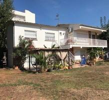 Вилла с четырьмя спальнями в центре Пладжа-де-Аро, продажа. №38205. ЭстейтСервис.