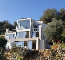Новый дизайнерский дом с видом на море в Рокебрюн, продажа. №39847. ЭстейтСервис.