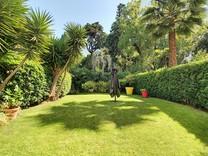 Трехкомнатная квартира с шикарным садом, Montfleury