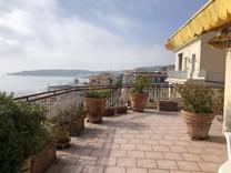 Пентхаус с большой террасой возле моря и Казино Ментона