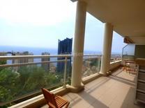 Квартира с видом на море в комплексе с бассейном