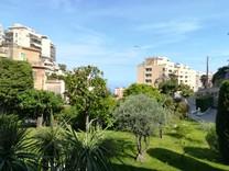 Удобная квартира с видом на море в Босолей