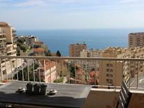 Пентхаус с двумя террасами и видом на море