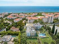 Новые квартиры в 300-х метрах от моря в Juan-les-Pins