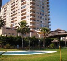 Большая 2х комнатная квартира с видом на море в Бенальмадене, продажа. №11763. ЭстейтСервис.