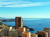 Пентхаус с видом недалеко от Монако