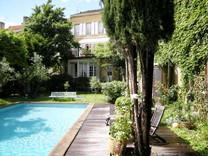 Имение с гостиницей во Франции
