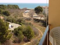 Апартаменты с четырьмя спальнями в Hospitalet del Infante
