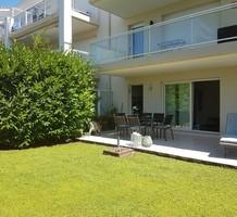 Апартаменты с частным садом в комплексе с бассейном, продажа. №37842. ЭстейтСервис.