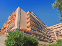 Трехкомнатные апартаменты в центре Ментона