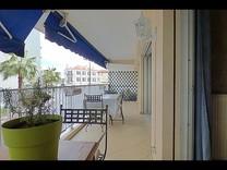 Четырёхкомнатная квартира возле моря в Антибах