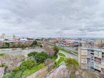 Четырехкомнатные апартаменты в Лиссабоне