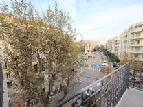 Большие апартаменты в 400-х метрах от моря в Ницце