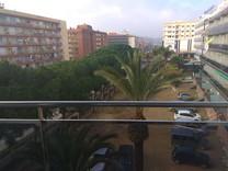 Квартира с туристической лицензией в Льорет-де-Мар
