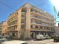 Четырехкомнатные апартаменты в Каннах