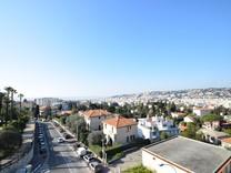 Апартаменты с большой террасой в знаменитой Le Régina