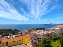 Квартира с двумя спальнями и видом на море в Cap-d'Ail