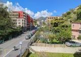 Стильная квартира с двумя террасами и паркингом