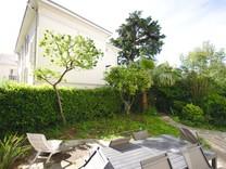 Квартира с частным садом в районе avenue Du Parc Ferber
