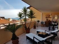 Квартира поблизости от площади Казино, гавани и пляжа