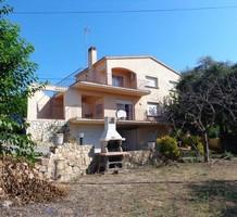 Вилла с четырьмя спальнями в Castell-Platja d'Aro, продажа. №38395. ЭстейтСервис.