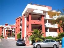 3х комнатная квартира с видом на море в Бенальмадене