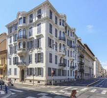 Двухуровневая квартира между Victor Hugo и площадью Grimaldi, продажа. №40595. ЭстейтСервис.