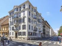 Двухуровневая квартира между Victor Hugo и площадью Grimaldi