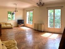 Дом с потенциалом в 150 метрах от моря в Ницце